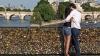 Lacătele dragostei vor fi scoase de pe podurile din Paris. MOTIVUL pentru care a fost luată decizia