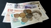 Lira sterlină a ajuns la cel mai scăzut nivel faţă de dolar din ultimele 18 luni. Care este motivul