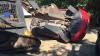 Un tată a distrus mașina fiicei sale cu un buldozer. Nu o să-ţi vină să crezi care e motivul (VIDEO)