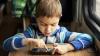 Care este vârsta potrivită pentru a-i da unui copil un telefon inteligent?