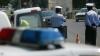 SCANDAL în trafic cu polițiștii! Un șofer, amendat pentru că a sunat la 112 (VIDEO)
