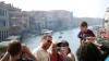 """""""Plecaţi! Distrugeţi zona!"""" Turiştii din Veneţia, întâmpinaţi cu MESAJE AGRESIVE (FOTO)"""