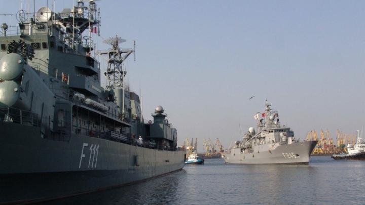 Imagini impresionante surprinse în Portul Militar din Constanţa (VIDEO)