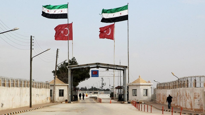 Un oraş turc de la frontiera cu Siria, evacuat de URGENŢĂ