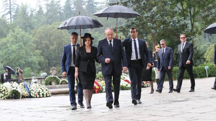 Nicolae şi Margareta Timofti au participat la funeraliile Reginei Ana a României (FOTO)