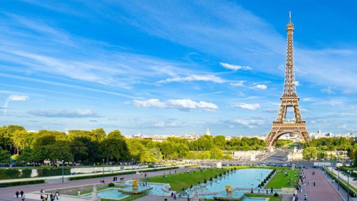 EFECTUL atentatelor teroriste. Turismul din Paris pierde sute de milioane de euro