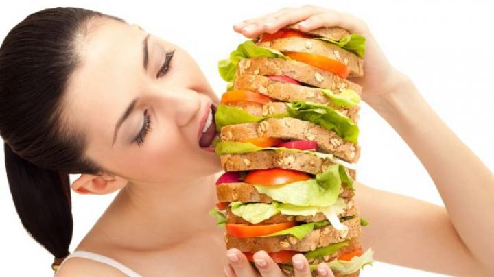 Opt motive pentru care îţi este tot timpul foame. Cum să scapi de obsesia frigiderului