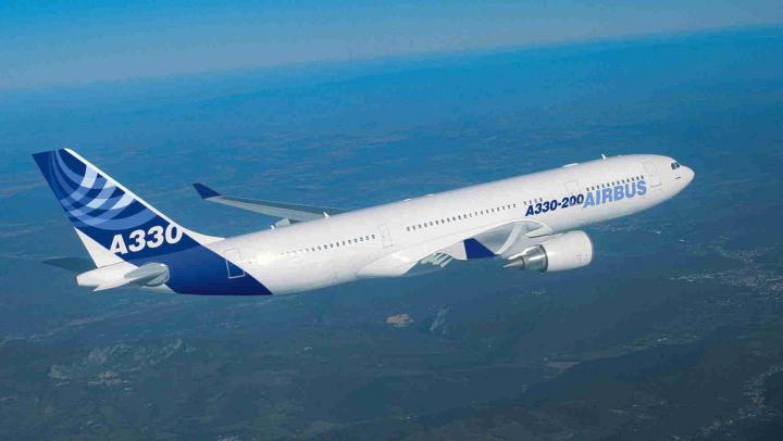Pilotul unui avion de pasageri, depistat beat înaintea unui zbor internaţional