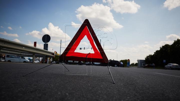 GRAFICĂ VIRTUALĂ. Detalii în cazul accidentului cu implicarea unui microbuz de pe ruta Chişinău-Ungheni