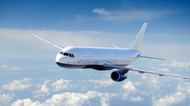 Proiect inedit: Locurile în picioare ar putea apărea în transportul aerian