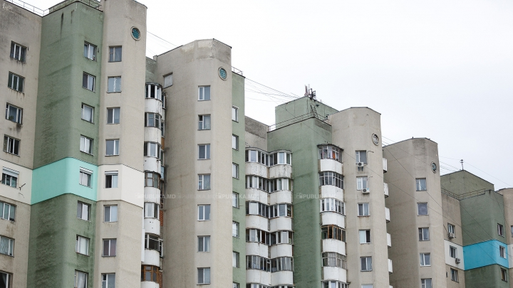 MIRACOL! Un adolescent a supravieţuit după ce a căzut de la etajul 23 (VIDEO)