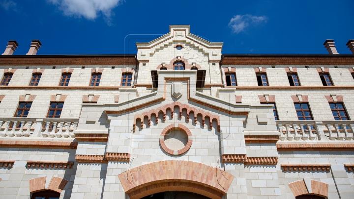 Castelul Mimi îşi redeschide porţile publicului larg