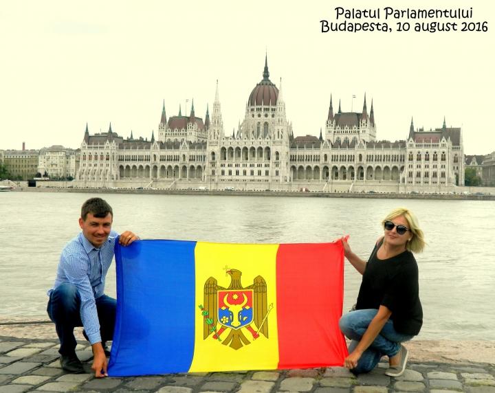 ARBOREAZĂ UN DRAPEL! Arată că eşti mândru de ţara ta şi expediază imaginile la adresa drapel@publika.md