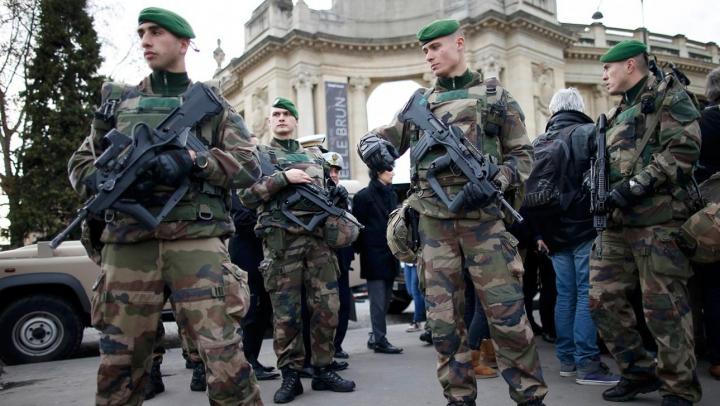 Franţa a dejucat trei atentate teroriste în ultima lună