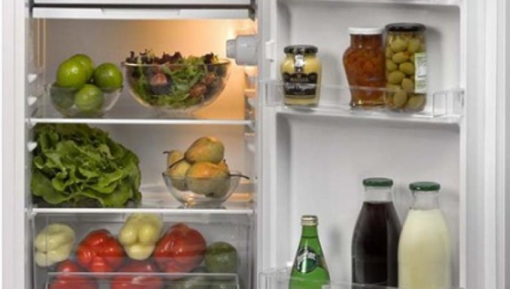 Există un aliment care nu expiră niciodată! Uită-te în frigider, sigur îl ai şi tu