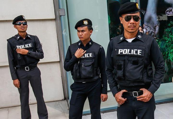 Cel puțin 20 de persoane au fost implicate în atacurile cu bombă din stațiunile din Thailanda