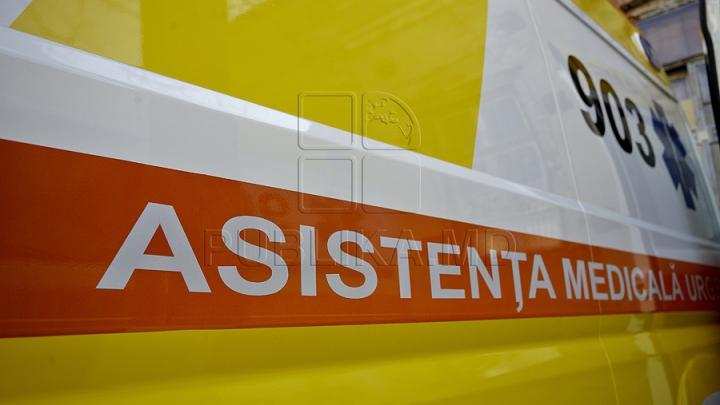 Medici de pe ambulanţă, agresaţi de un pacient căruia i-au acordat primul ajutor