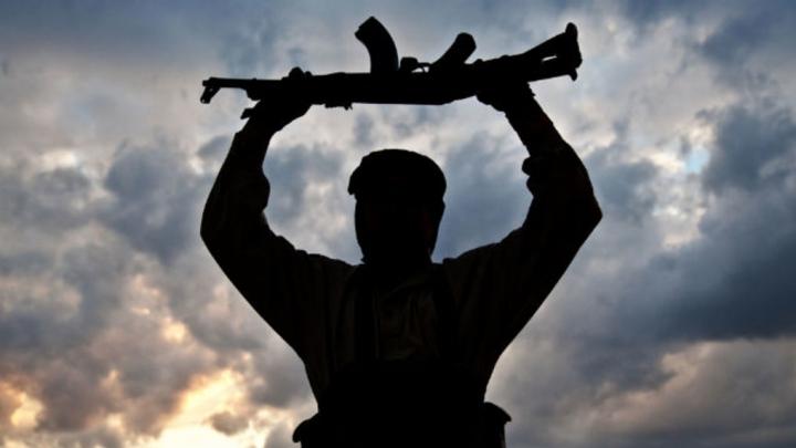 Egipt: 13 terorişti ucişi şi 86 de suspecţi arestaţi în provincia Sinaiul de Nord în cadrul campaniei antiteroriste