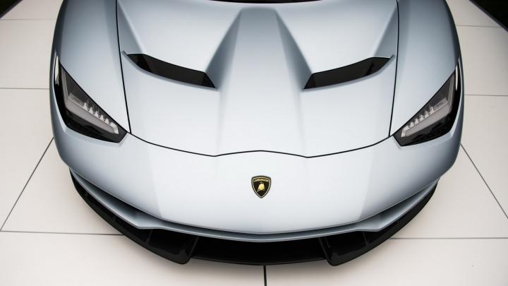 NOUL MONSTRU RAR AL ȘOSELELOR: Lamborghini Centenario Roadster (VIDEO/FOTO)