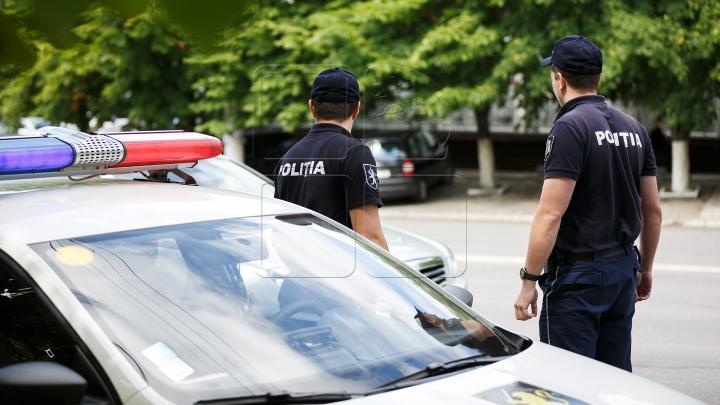 """Cu """"MITA în sac""""! Mai mulţi poliţişti au fost demişi în ultimele trei luni"""