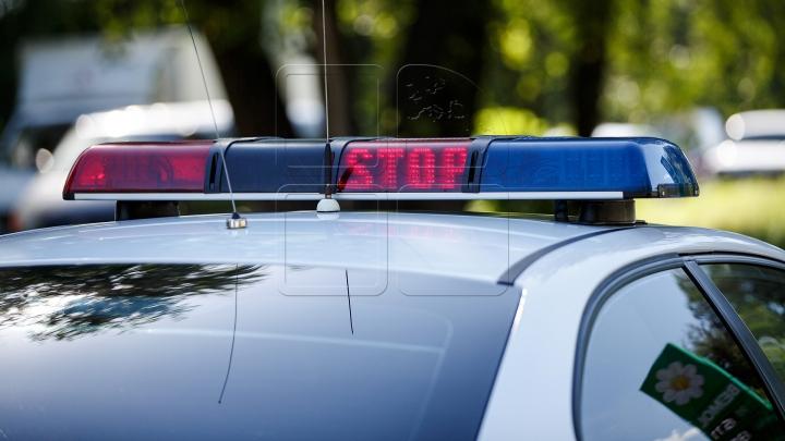 Şoferi drogaţi, reţinuţi de INP. Ce au descoperit poliţiştii în automobilele acestora (FOTO)
