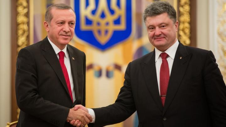 Promisiunea care va înfuria Kremlinul! Ce i-a transmis Erdogan lui Poroşenko