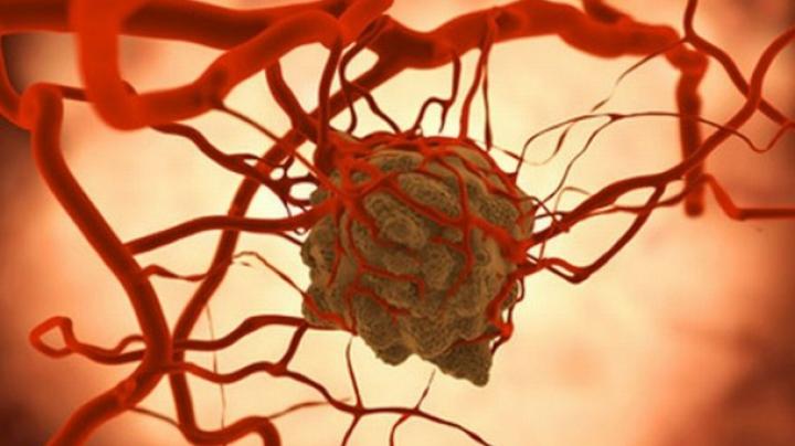 Cercetătorii sunt optimiști! Un posibil remediu care tratează cancerul, descoperit din greșeală