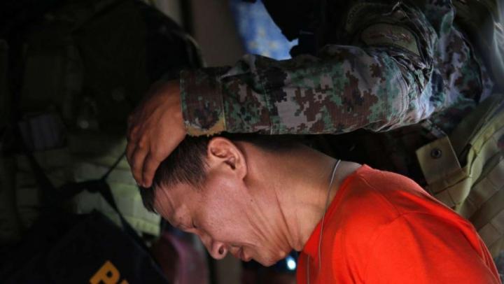 Oficiali filipinezi se predau în urma unor acuzaţii de legături cu trafic de droguri