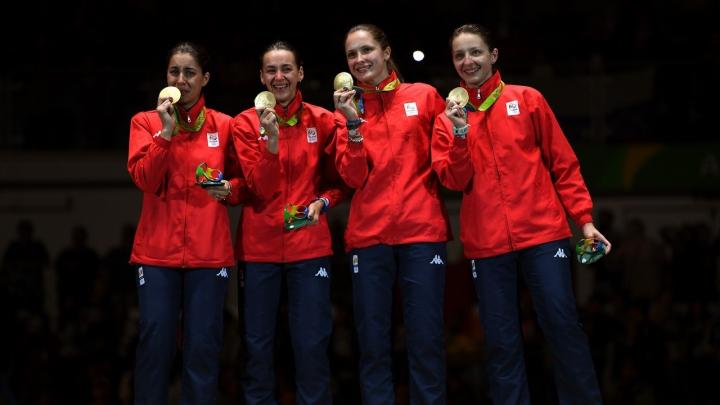 AUR PENTRU ROMÂNIA! Echipa feminină de spadă a învins China la Jocurile Olimpice de la Rio