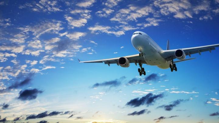 România: Un avion ușor a aterizat forțat pe un câmp din Argeș