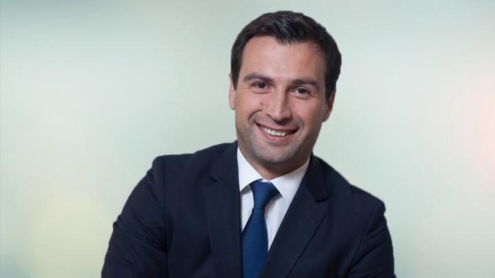 Directorul Pro Imobil: Instabilitatea sistemului bancar motivează beneficiarii să-și retragă banii din depozite