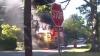Un autobuz școlar cu 20 de elevi a luat foc. Ce a făcut şoferiţa disperată (VIDEO)