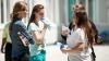 Emoţionaţi şi optimişti. Elevii claselor a XII-a au susţinut examenul la limba de instruire