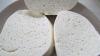 Zeci de kilograme de colţunaşi şi brânză, infectate cu bacterii, au fost DISTRUSE