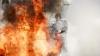 INCENDIU DEVASTATOR la marginea unui oraș: Sute de oameni au fugit din calea flăcărilor