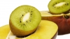 Simplu şi rapid. Cum să cureţi kiwi, mango sau avocado în doar 3 secunde (VIDEO)