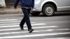 A fost omorât în timp ce traversa strada! Tragedie pe o trecere de pietoni (VIDEO)