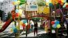 Bucurie mare pentru copii din Floreşti! Fundaţia Edelweiss a amenajat un nou teren de joacă