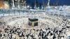 Credincioşii, la pelerinajul de la Mecca: Aruncă pietre în stâlpii ce-l simbolizează pe diavol