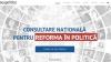 Cetăţenii, dezamăgiţi de corupţia din partidele politice, de promisiunile neîndeplinite şi de cumătrism