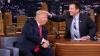 Poartă sau nu perucă Donald Trump? Un prezentator din SUA i-a stricat freza pentru a afla răspunsul (VIDEO)