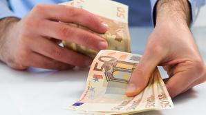 CRIZĂ VALUTARĂ ACUTĂ în Transnistria. Volumul transferurilor de bani A SCĂZUT DE PATRU ORI