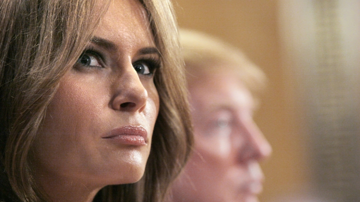 Supărată FOC! Melania Trump a dat în judecată un ziar şi un blogger