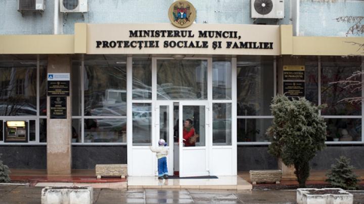"""PRECIZĂRILE Ministerului Protecției Sociale și Familiei privind serviciul """"Telefonul Copilului"""""""