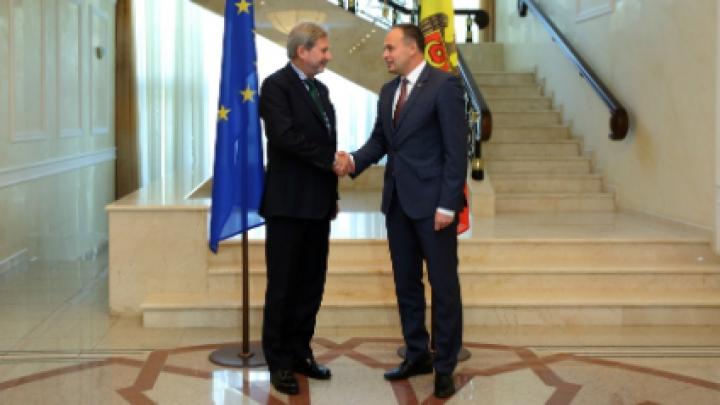 Andrian Candu a avut o intrevedere cu comisarul european Johannes Hahn. Despre ce au discutat oficialii