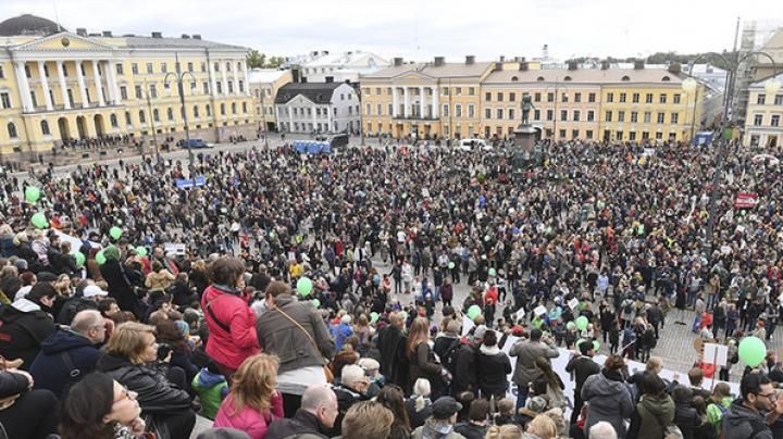Manifestaţii de amploare în Finlanda. Mii de protestatari s-au pronunţat împotriva rasismului