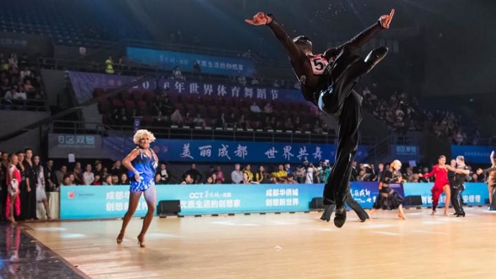 MOTIV DE MÂNDRIE! Dansatorii moldoveni au devenit campioni MONDIALI la categoria latino