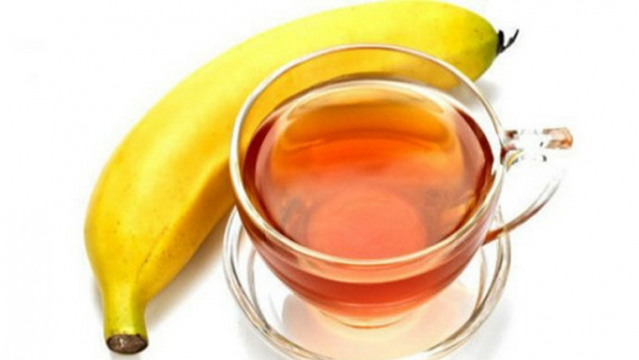 Ceaiul de banane: Cum se prepară şi ce efecte are asupra sănătăţii