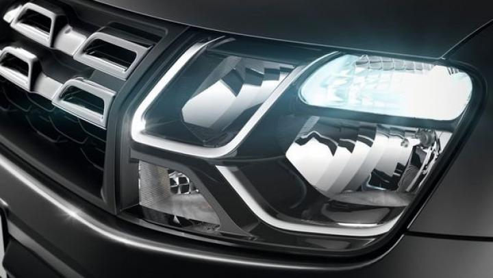 Un NOU DESIGN pentru modelele Dacia: Sandero şi Logan vor deveni mult mai atrăgătoare (FOTO)