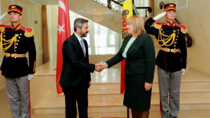 """Discuţii privind relațiile bilaterale moldo-turce: """"Sprijinul pentru Moldova va fi oferit în continuare"""""""
